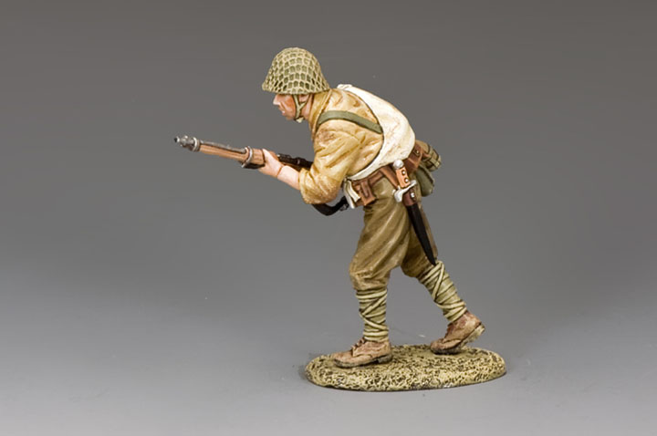 JN028 Advancing Japanese Soldier
