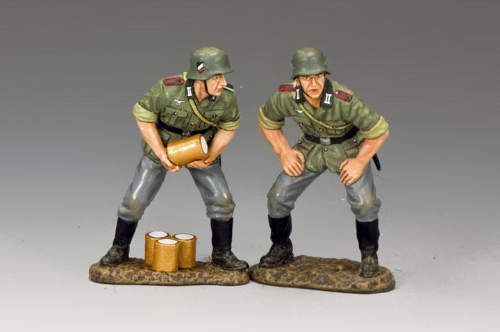 WH065 Gun Crew #2
