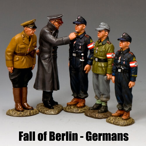 Fall of Berlin - Germans__King & Country Toy Soldiers